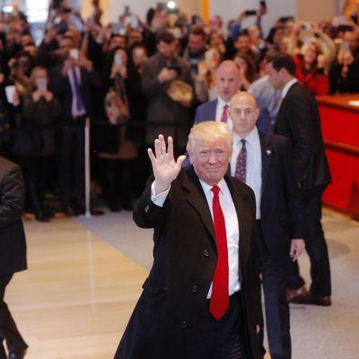 Трамп підняв питання окупованого Криму і Донбасу