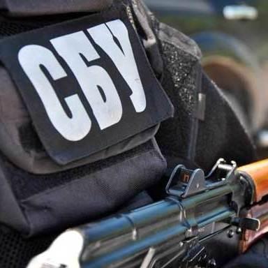Військова прокуратура спільно з СБУ перекрили канал постачання вогнепальної зброї з зони АТО
