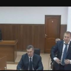 Суд, на якому має свідчити Янукович, переносять