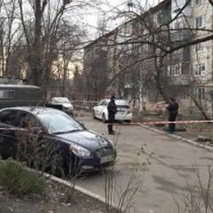 В Києві вранці у сміттєвому баку знайшли тіло чоловіка