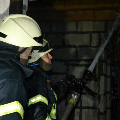 В Одесі сталася масштабна пожежа в новобудові: згоріло 10 квартир (фото)