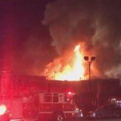 Пожежа в нічному клубі у Каліфорнії: загинули щонайменше 9 людей, 25 зникли безвісти - ЗМІ