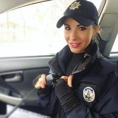 «Без грошей ніякої любові не буде» - поліцейська Мілевич