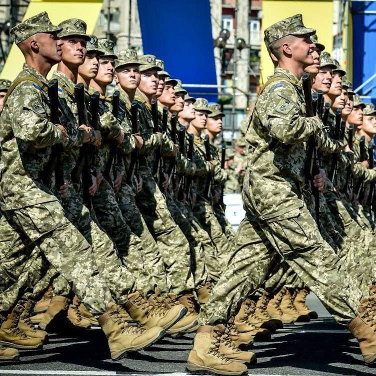 Що сталось з українською армією за 2,5 роки