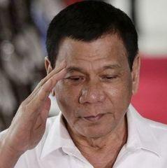 Президент Філіппін зізнався, що особисто убивав людей