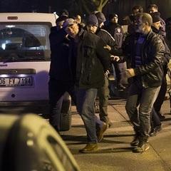 В Анкарі після вбивства посла РФ стріляли під посольством США