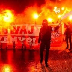 У Польщі висунуто звинувачення чоловіку, який вигукнув на марші «Смерть українцям!»