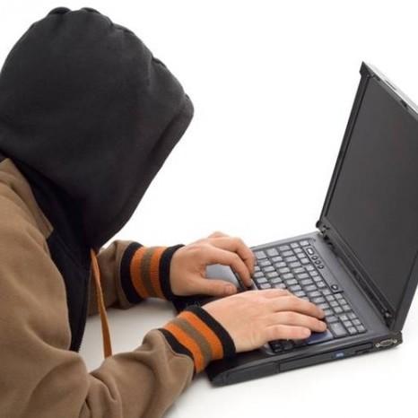Остерігайтесь шахрайства: «липовий» Ощадбанк атакує клієнтів