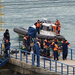 Знайдено «чорну скриньку»  російського літака Ту-154, названо основну версію катастрофи