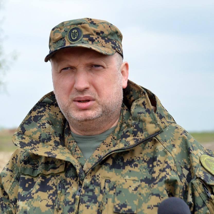 Турчинов: Без згоди Порошенка ніякої блокади ОРДЛО не буде