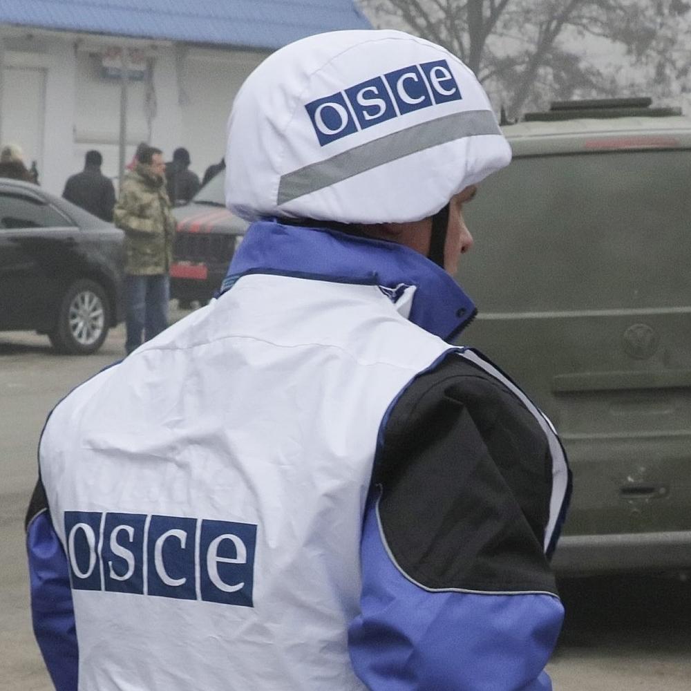Місія ОБСЄ зафіксувала машину «вантаж 200» на кордоні з РФ