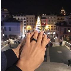 Нардеп Лещенко зробив пропозицію своїй дівчині в новорічну ніч
