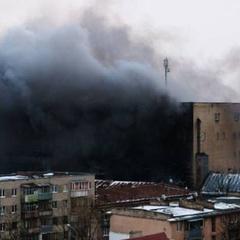 У Львові палає завод