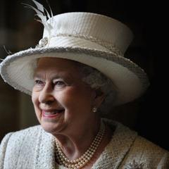 Британську королеву Єлизавету ІІ ледь не застрелив охоронець Букінгемського палацу