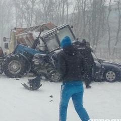 ДТП під Києвом за участі снігоприбиральної техніки