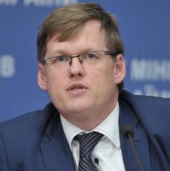 Уряд не допустить переведення людей на скорочений робочий день і неповну ставку, - Розенко