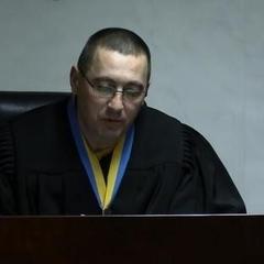Суддя з Кривого Рогу виселив людей з квартири і сам прописався в ній