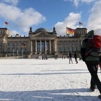 Німеччина розслідує поширення фейкових новин