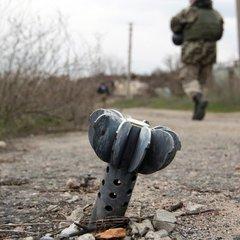 Під час обстрілу бойовиків отримала поранення мирна жителька у Мар'їнці