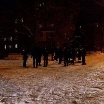 Чоловік зірвав чеку із гранати біля супермаркета Києва