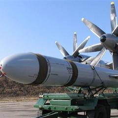 23 роки без ядерної зброї: чи варто Україні повернути її назад?