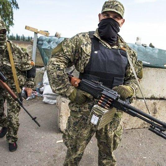 Штаб АТО: на Луганщині бойовики обстріляли квартири мирних жителів
