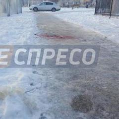 У Києві посеред вулиці вбили дівчину