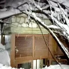 У центрі Італії готель завалило сніговою лавиною, є загиблі (відео)