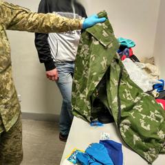 Росіян з медаллю «За повернення Криму» і військовим квитком РФ не пустили до України