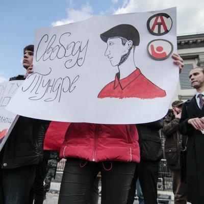 Незаконно ув'язнений у Росії Кольченко отримав привітання від Порошенка