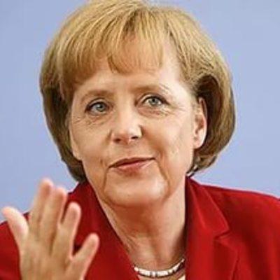 Меркель закликала Путіна вгамувати проросійських сепаратистів