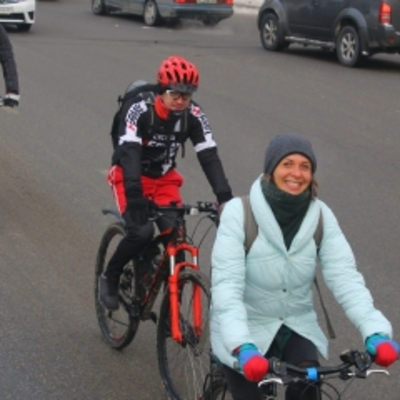 «Тепліше, ніж у маршрутці», - киянка розповіла, як їздила в 20-градусний мороз на велосипеді