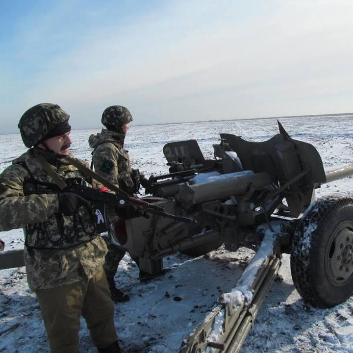 За добу на Донбасі загинули троє українських військових -  штаб АТО