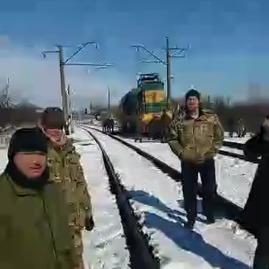 «Є всі ознаки підготовки до штурму»: учасники блокади заявили, що їх оточили спецпідрозділи поліції