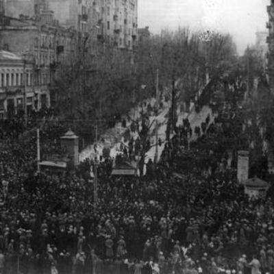 «Петлюрівщина», єврейські погроми та перший президент України: десять міфів про українську революцію 1917-1921 р.р.
