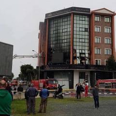 На Кіпрі вибухнув офіс російської радіостанції (фото, відео)