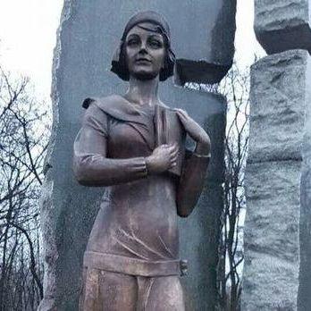 Територію біля пам'ятника Олені Телізі обладнають відеоспостереженням - КМДА
