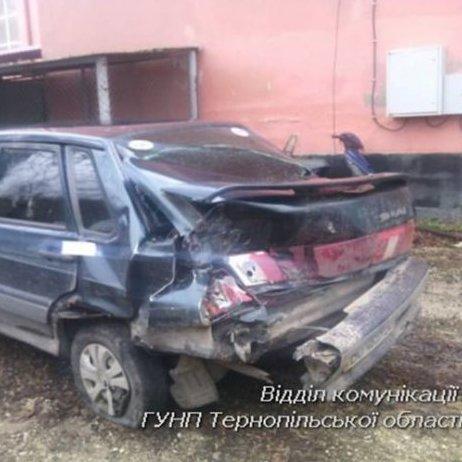 Трагічне ДТП на Тернопільщині: пасажир на смерть забив винуватця події