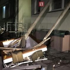 Адвокат матері Магнітського випав з вікна 5 поверху: опубліковано відео з місця події (відео)