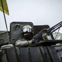 На Донбасі загострення: поранено трьох бійців АТО, майже сотня ворожих обстрілів