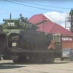 Reuters показало десятки російських танків біля кордону України (фото, відео)