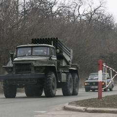 Місія ОБСЄ попередила, що бойовики розташували заборонені танки і «Гради» неподалік Хрустального