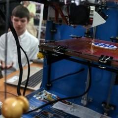 Столичні школярі представили 3D-принтер, собівартість якого удвічі менша за ринкову (фото)