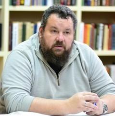В «ЛНР» побачили в листі калини на комірах українських поліцейських «шлях третього рейху»