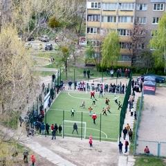 На Борщагівці відкрили сучасне міні-футбольне поле