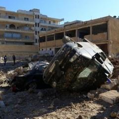 У провінції Ідліб від авіаударів загинули 12 осіб, зруйновано частину лікарні (фото)