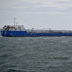 На український танкер у Лівії напали і захопили зі зброєю