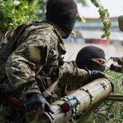 Двоє українських військових загинули, четверо отримали поранення, - штаб АТО