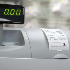 В Україні тепер техніку продаватимуть лише через касовий апарат