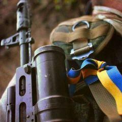 У зоні АТО важко поранено жінку-військового – штаб
